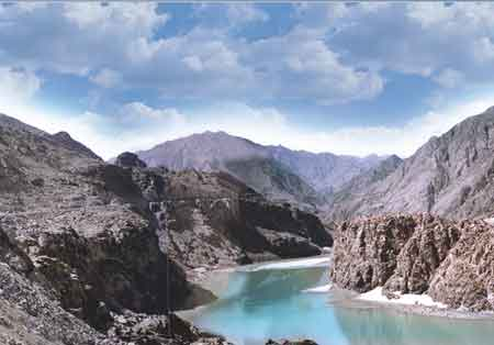 Govt seeks Bhasha Dam inclusion in CPEC
