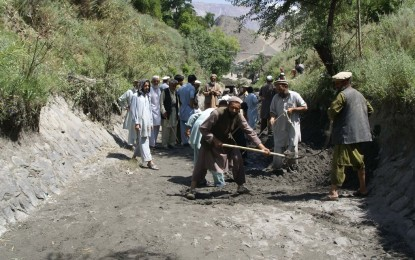 Chitral: Dismayed by WAPDA's apathy, people restore water channel of Singor Hydro Power
