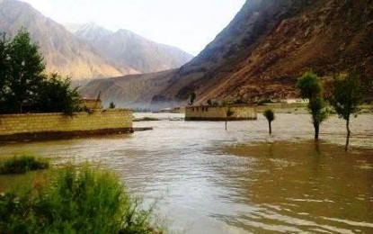 Floods play havoc in Gilgit-Baltistan, Ghizer road blocked