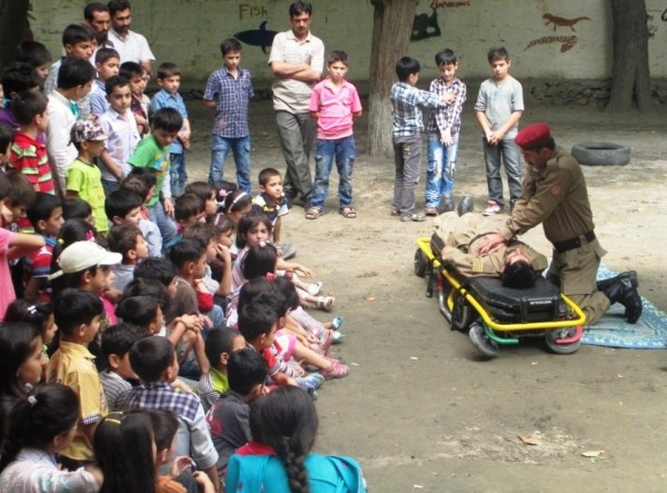 Rescue 1122 holds first-aid training courses for students of private schools in Gilgit.