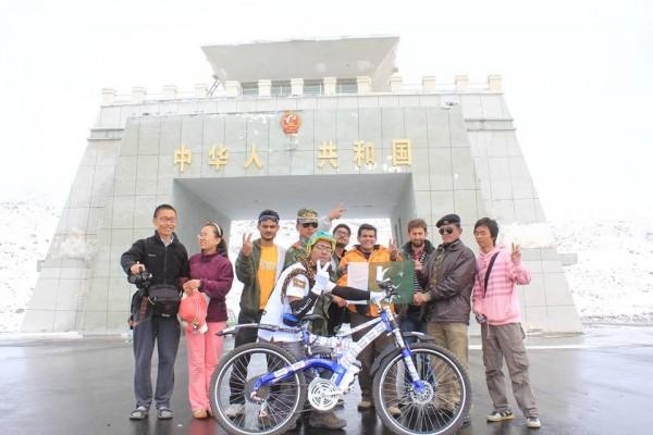 Biker Khawar Hussain starts the tour from Khunjerab Pass.