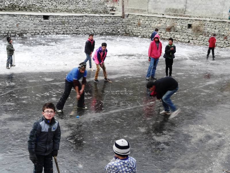 "Pictorial – ""Ice Hockey"" at Altit Pharri in Hunza Valley"