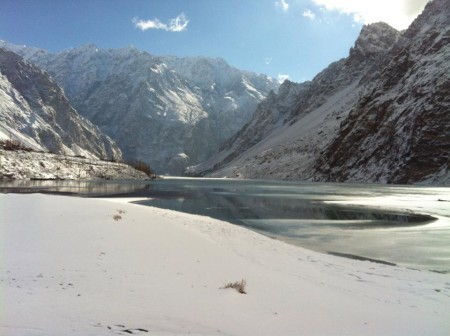 Ice sheaths have covered the surface of the lake and the passenger boats are now operating from Ayeenabad. Photo: Rehmat