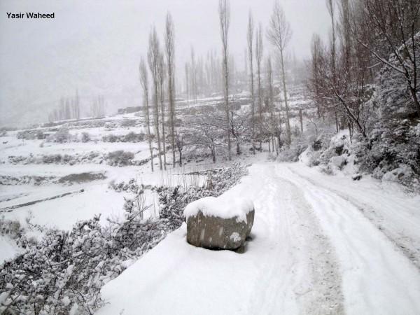 Snowfall in Gulmit Gojal (3)