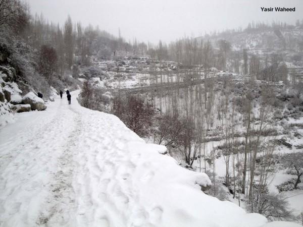 Snowfall in Gulmit Gojal (6)