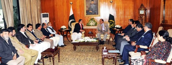 A delegation of Cabinet members of Gilgit Baltistan led by its Chief Minister Syed Mehdi Shah called on President Mamnoon Hussain at the Aiwan-e-Sadr, Islamabad on January 8, 2014.