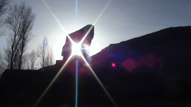 The sun has entered the frame carved into the stone that serves as an observatory. It is navorz! Photo: Vatani Alidodov