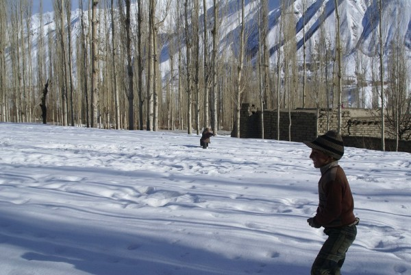 khot Valley is still covered with snow