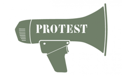 Members of Drosh Trade Union protest against police 'harassment'