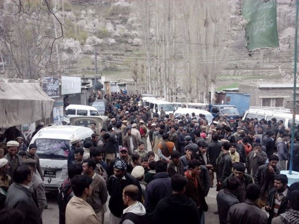 People leaving Nagar Khas to participate in the Dharna in Garhi Bagh, Gilgit