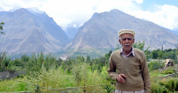 Ali Madad, 76, who farms in Pakistan's Hunza-Nagar valley, says increasingly light winter snowfall and unpredictable rains are making it more and more difficult for farmers to grow crops. THOMSON REUTERS FOUNDATION/Saleem Shaikh