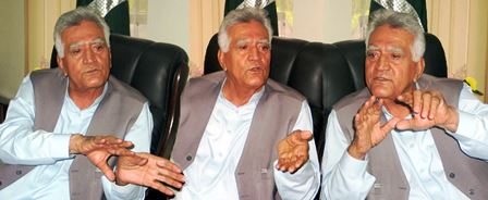 Wazir Baig spoke to a team of journalists at his chamber today