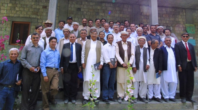 Group photo at the end of the book launch