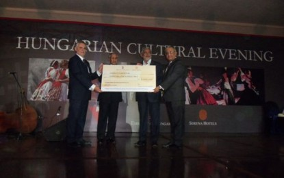Serena Hotels donate 3 million rupees for relief work in Thar
