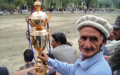 "Polo team from Chitral visits Yasin Valley, ""Jashn-e-Faqeer"" celebrated"