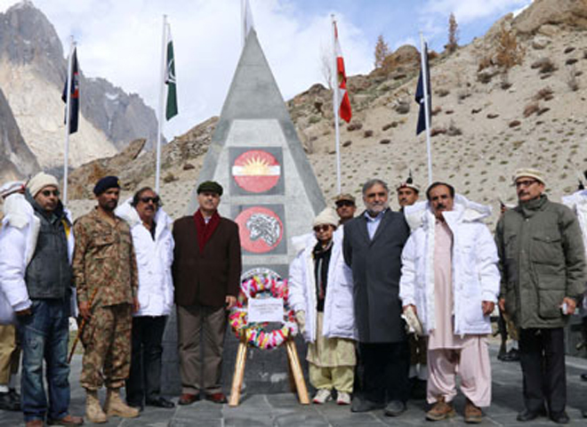 Senator Mushahid's peace plan for Siachen