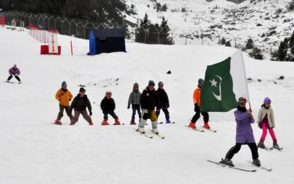 Beautiful photographs of the Shah Khan, National Ski Championship held in Naltar Valley, Gilgit