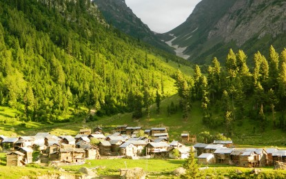 7 beautiful photographs of the magnificent Minimarg Valley, Astore