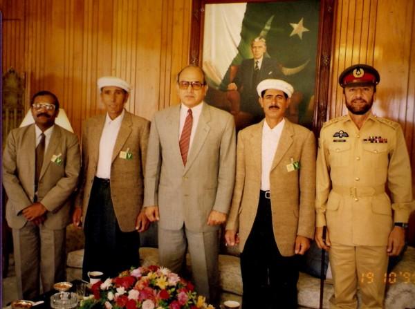 Rajab Shah,  Meherban Shah and Col (r) Sher Khan with President Farooq Laghari