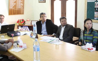 Japan's ambassador spends busy day in Hunza, will inaugurate Tourism Information Center tomorrow