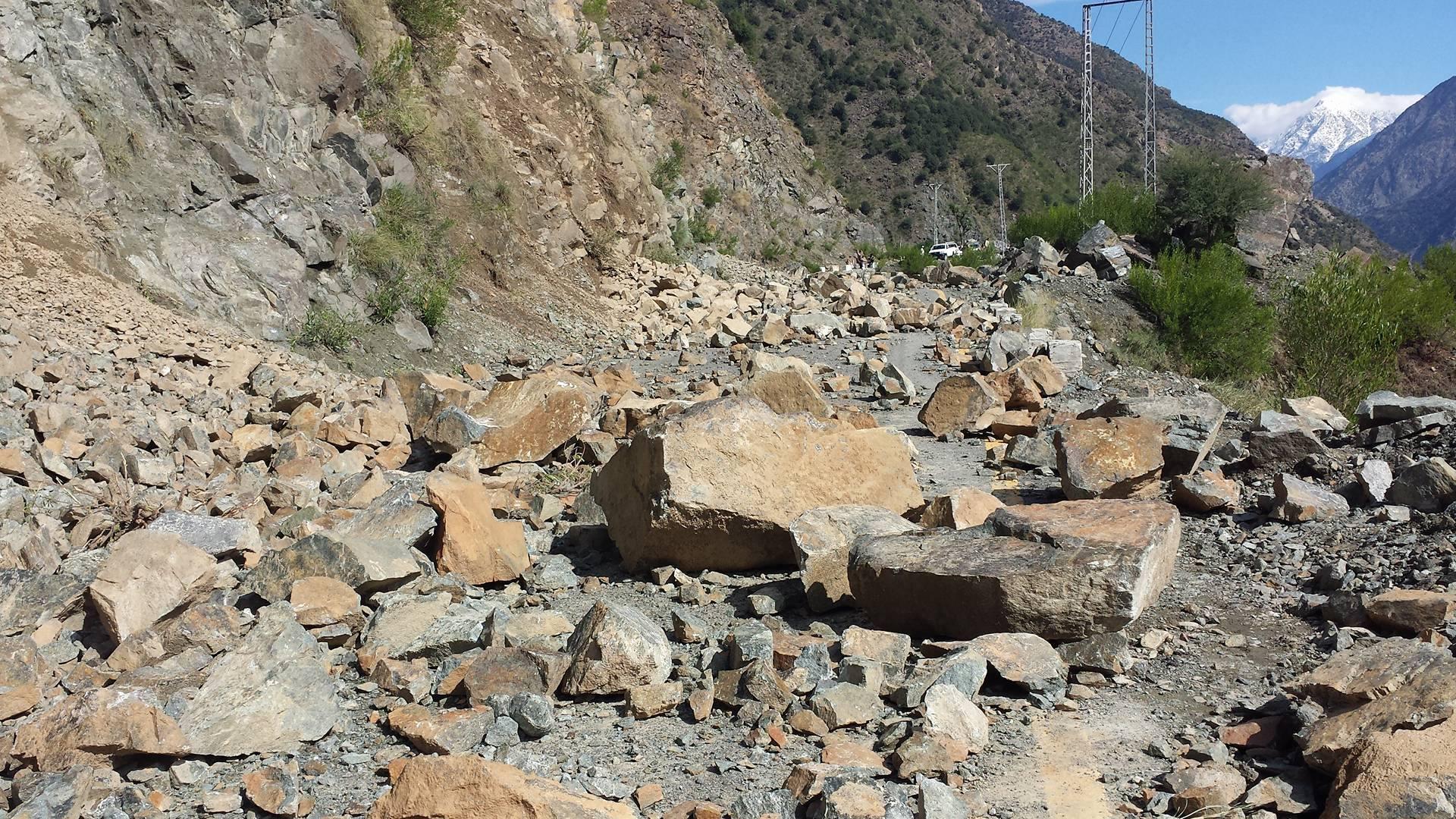 Karakuram Highway Gilgit (13)