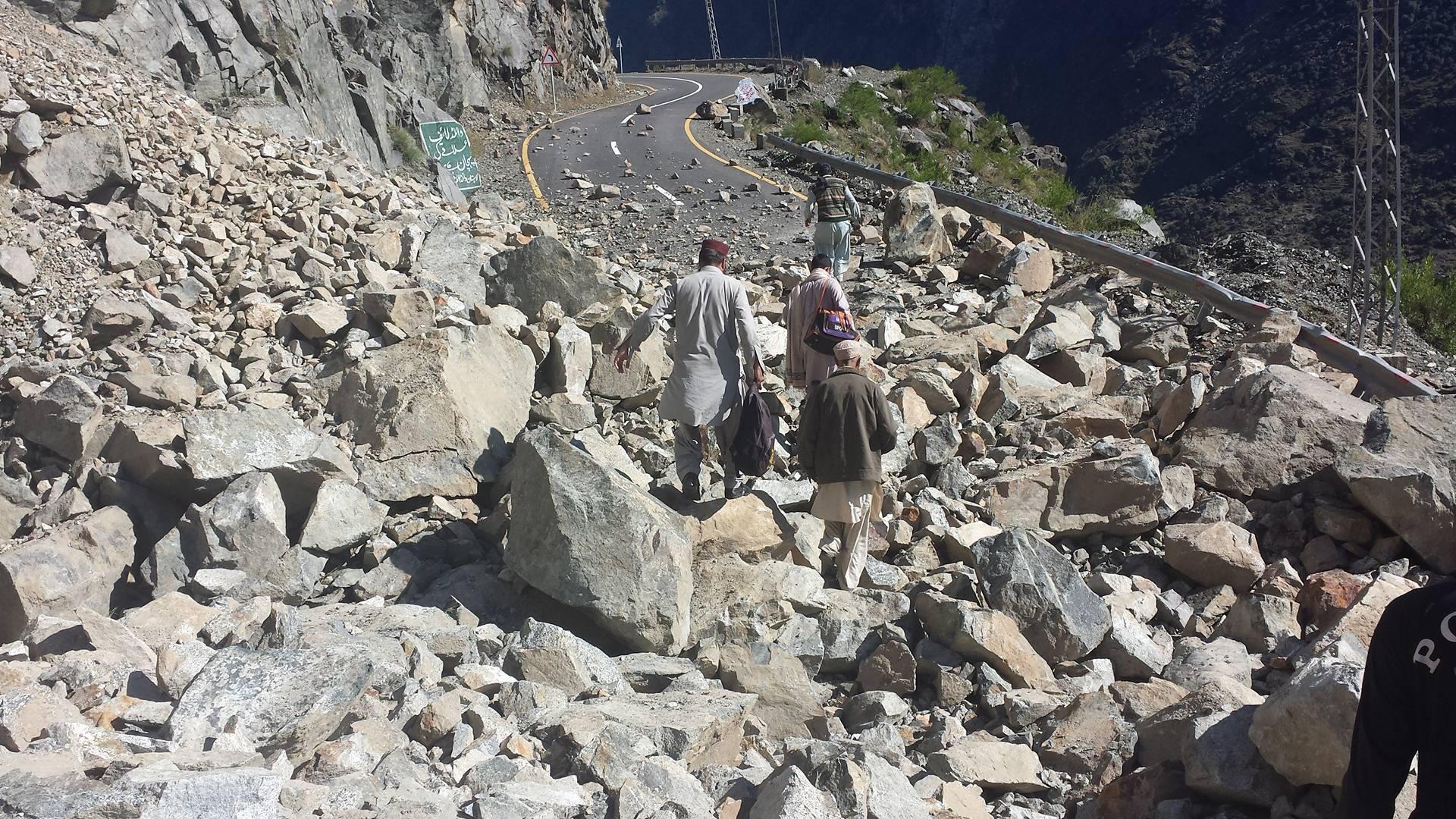 Karakuram Highway Gilgit (15)