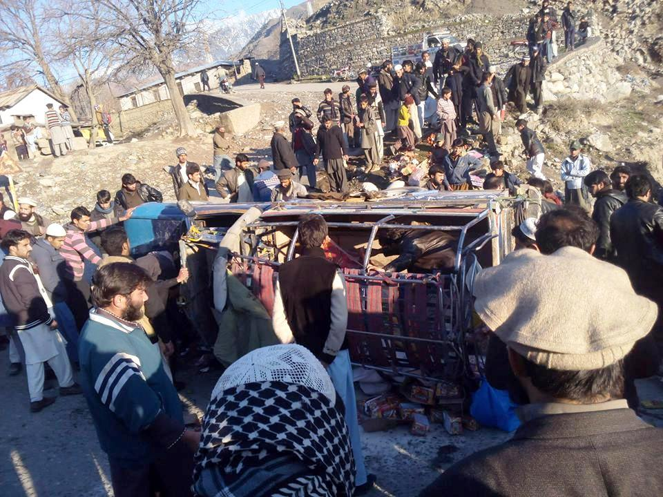 Three people dead, 8 injured, in Chitral road accident
