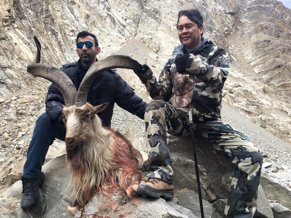 Gilgit: Filipino hunter bags season's largest Astore Markhor trophy