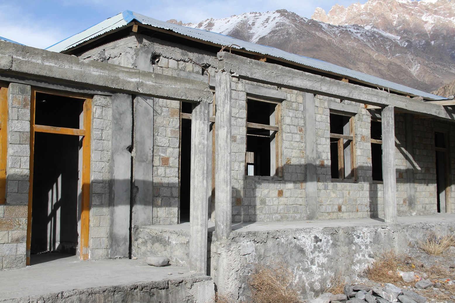 Incomplete Sost High School Building: Locals urge NAB to take action against contractor