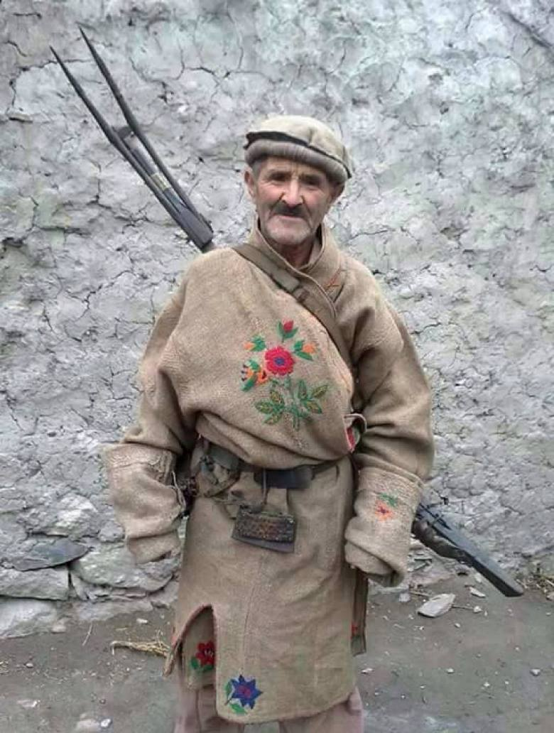 A local hunter wearing Shuqa