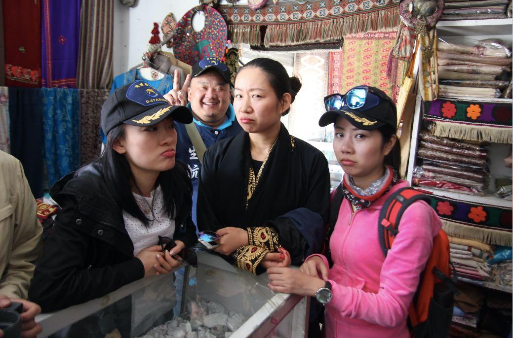 Record 1.72 million tourists visit Gilgit-Baltistan in past 11 months