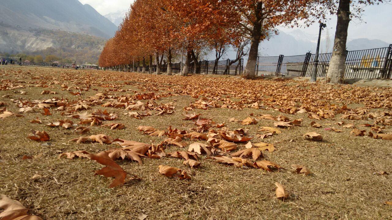 autumn-in-gilgit-city-13
