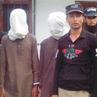 Diamer Police arrests two people involved in Babusar Road banditry