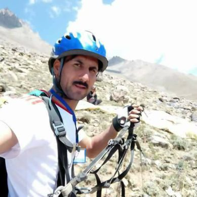 [Video] Renowned Parachutist loses life while performing in Gupis, Ghizer