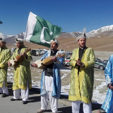 Pakistan Motor Rally starts from Khunjerab Pass