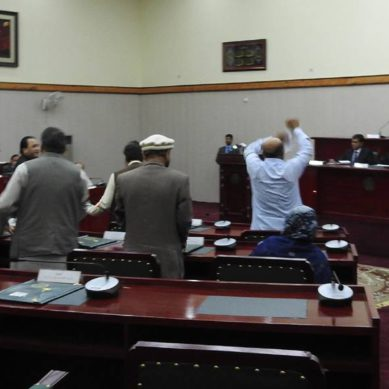 Lawmaker beaten with a crutch in front of PM Abbasi during Gilgit-Baltistan Assembly joint session