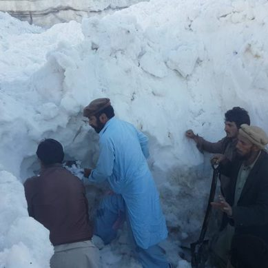 Five members of Tablighi Jamat buried by snow avalanche on Babusar Top