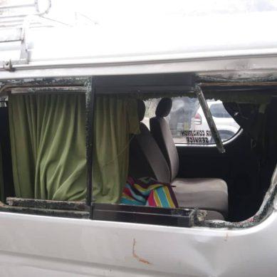 Rockfall hits tourist van in Hunza, mother dead, three injured