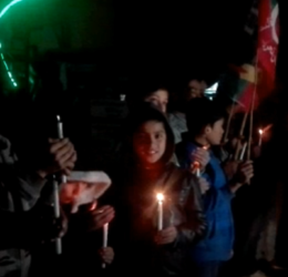 """President Alvi gets """"Candle Light Reception"""" in Hunza"""